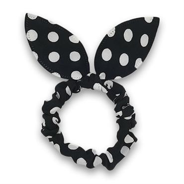 Scrunchie med sløjfe - sorte med hvide prikker fra N/A på fashiongirl